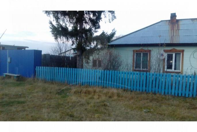 половина частного дома с баней, с. Боровлянка, по Червишевскому тракту