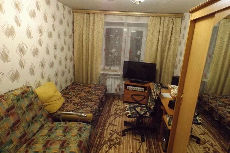 2 комнатная квартира  в районе ЖД вокзал, ул. Мечникова, 13, г. Сургут