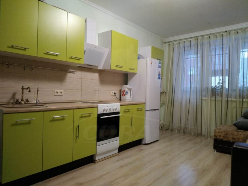 2 комнатная квартира  в Тюменском-2 мкрн., ул. Василия Гольцова, 3, Микрорайон МДС, г. Тюмень