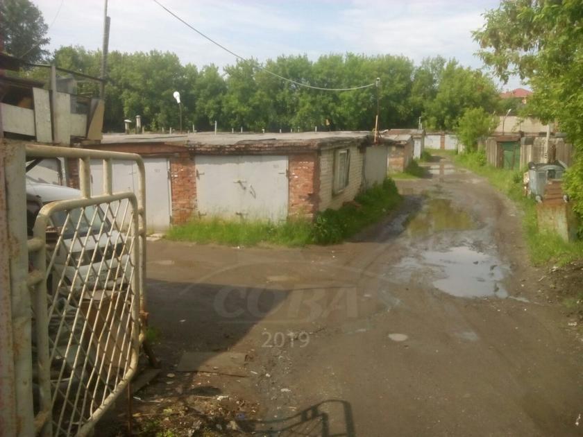 Гараж капитальный в районе студгородка, г. Тюмень, ПКГ «Нефтяник-20»