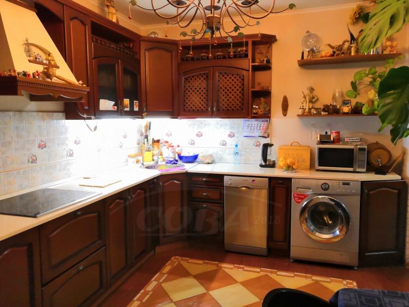 2 комнатная квартира  в районе Московского тр., ул. Московский тракт, 102, г. Тюмень