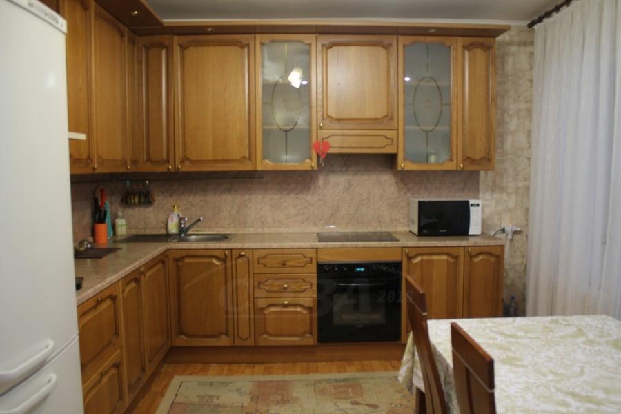 3 комнатная квартира  в районе Набережная, ул. Григория Кукуевицкого, 20, г. Сургут