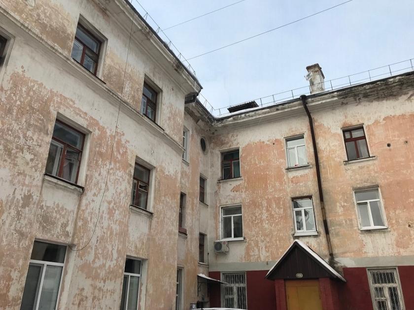 2 комнатная квартира  в районе Дома печати, ул. Котельщиков, 1, г. Тюмень