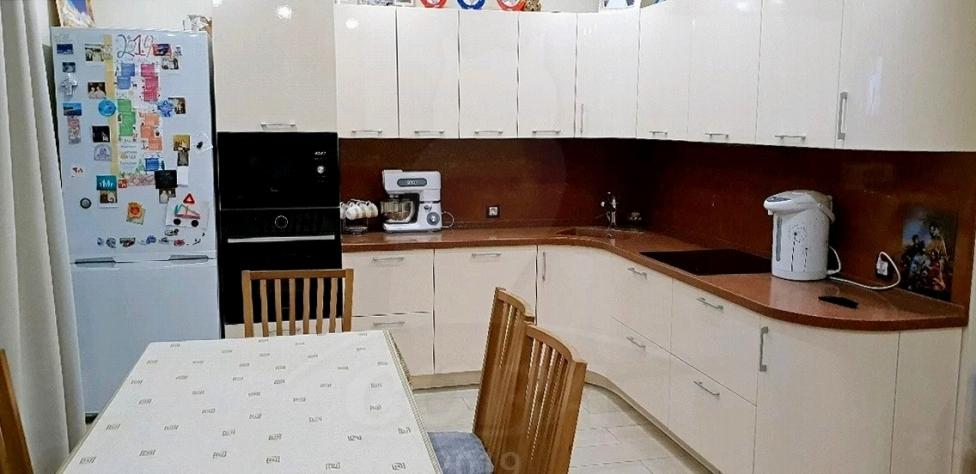 3 комнатная квартира  в районе Лесобаза (Тура), ул. Казачьи луга, 8, г. Тюмень
