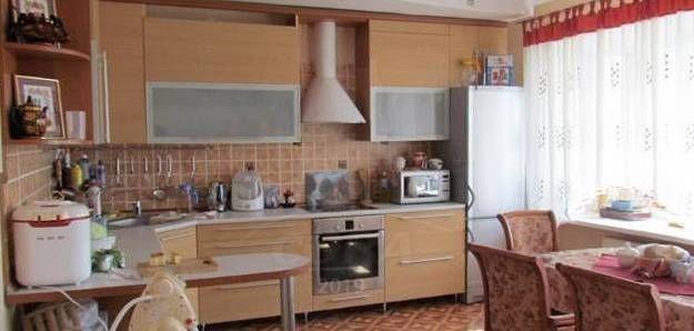 3 комнатная квартира  в районе Маяк, ул. Новосибирская, 50, г. Тюмень