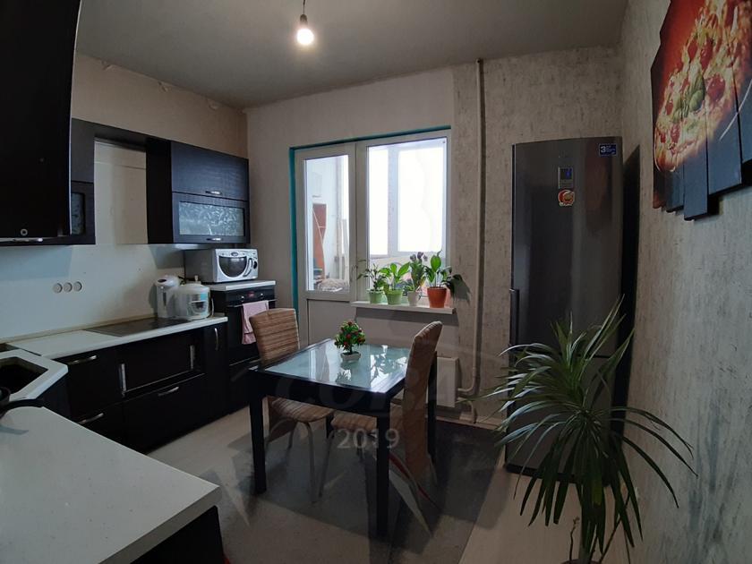 2 комнатная квартира  в районе ТРЦ Аура, ул. Александра Усольцева, 30, г. Сургут