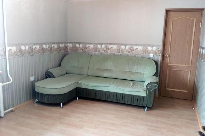 2 комнатная квартира  в районе Иртышский мкр., ул. Иртышский микрорайон, 21, г. Тобольск