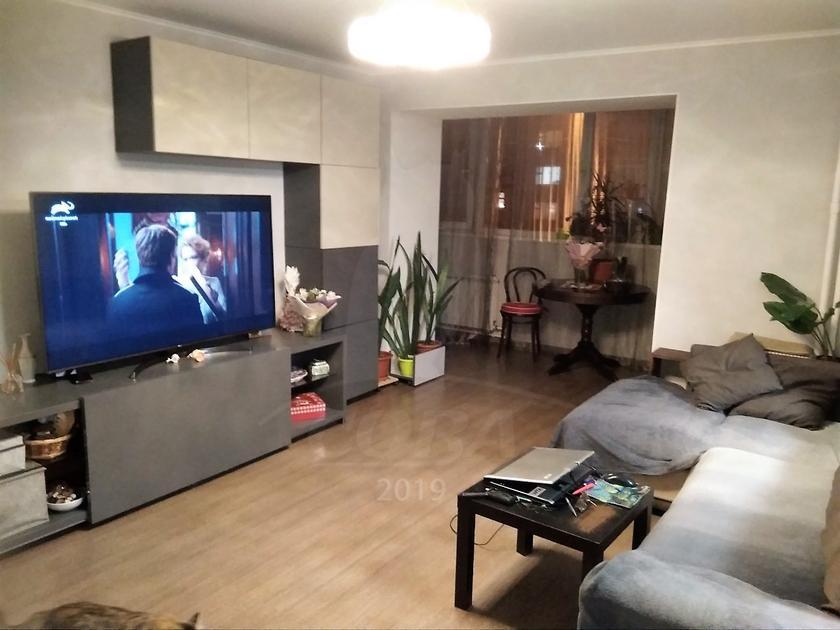 4 комнатная квартира  в Тюменском мкрн., ул. Василия Гольцова, 10, г. Тюмень