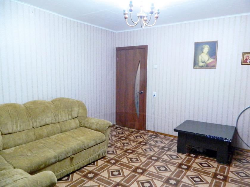3 комнатная квартира  в районе Дом Обороны, ул. Флотская, 13, г. Тюмень
