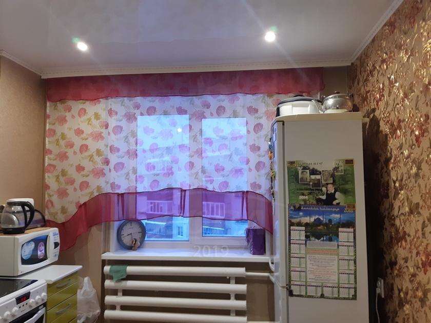 4 комнатная квартира  в районе Нагорный Тобольск, ул. 10-й микрорайон, 20, г. Тобольск