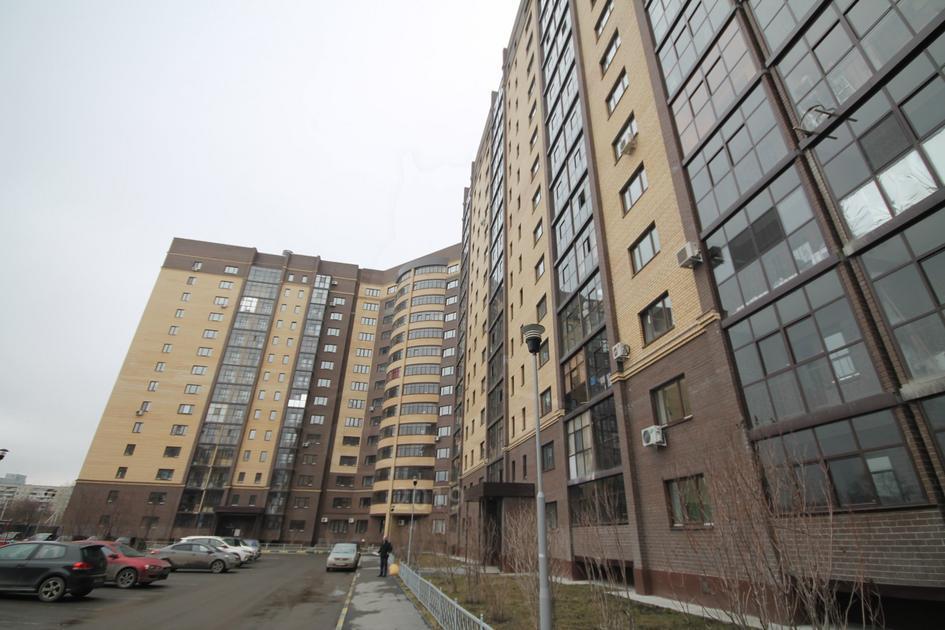 3 комнатная квартира  в районе Нефтегазового университета, ул. Харьковская, 64, Жилой комплекс «Центральный», г. Тюмень