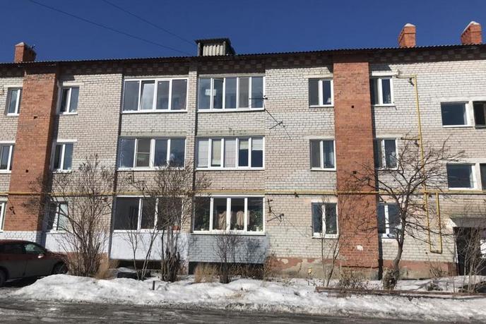 2 комнатная квартира , ул. Строителей, 19, с. Яр