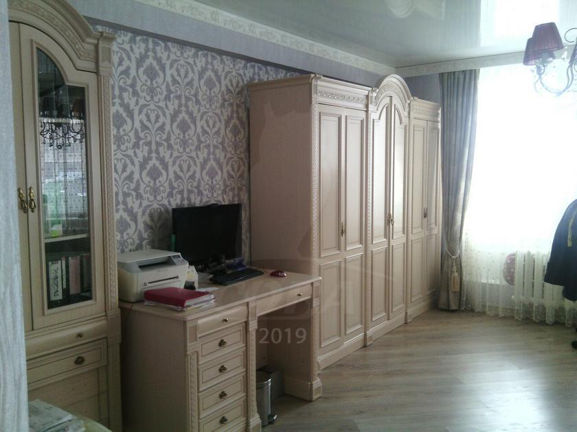 4 комнатная квартира  в районе Мыс, ул. Малиновского, 8, г. Тюмень