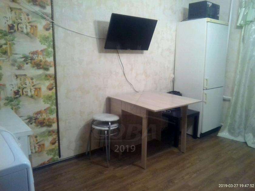 1 комнатная квартира  в 2 микрорайоне, ул. Олимпийская, 15, г. Тюмень