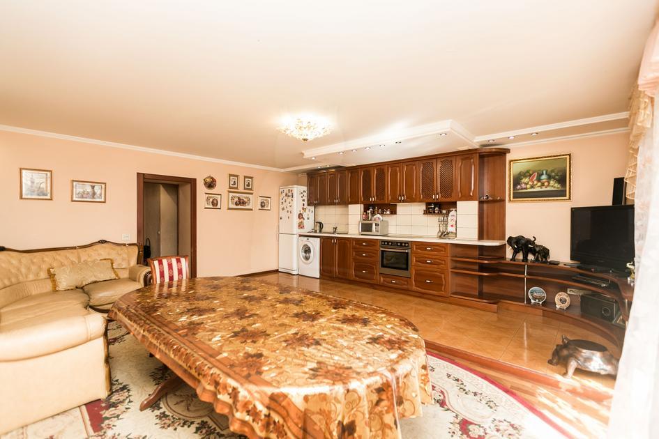 4 комнатная квартира  в районе Дома печати, ул. Северная, 3, г. Тюмень