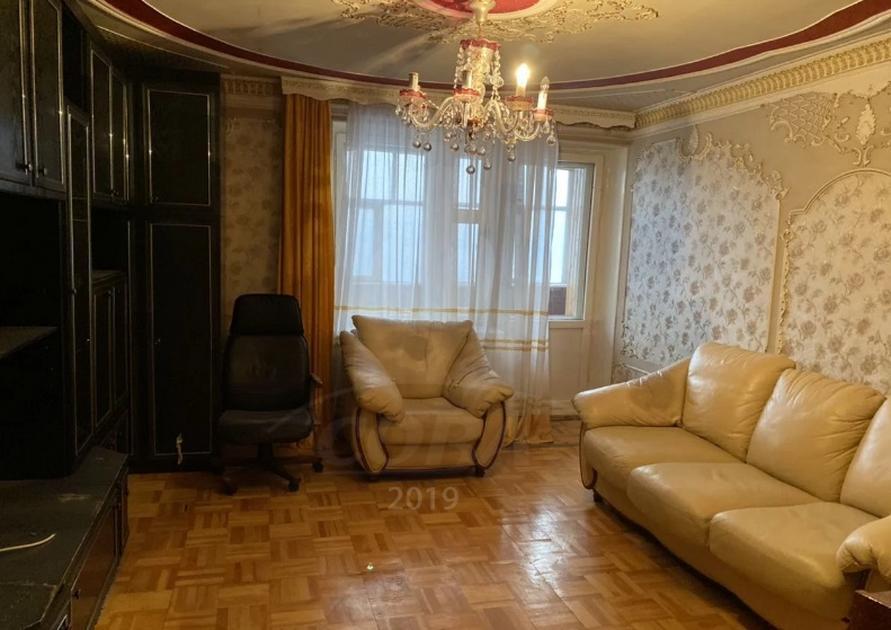 Многокомнатная квартира в аренду в районе Дом Обороны, г. Тюмень