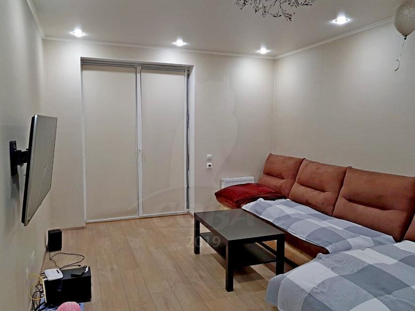 2 комнатная квартира  в Европейском мкрн., ул. Газовиков, 67, Микрорайон «Европейский», г. Тюмень