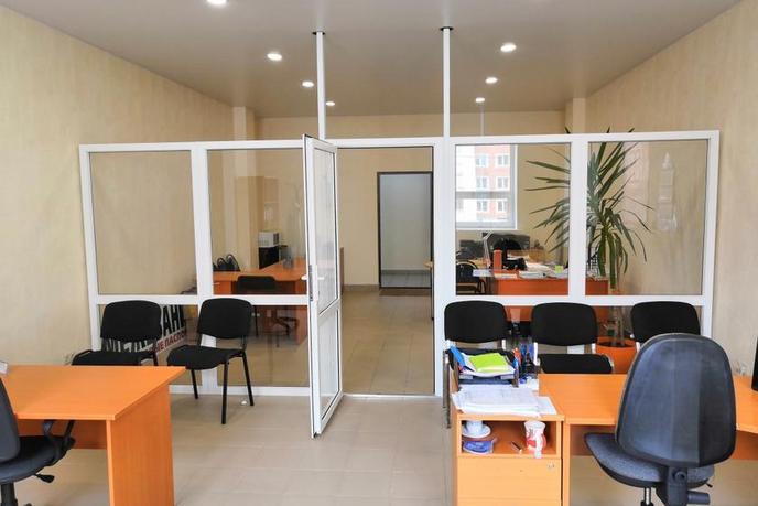 Офисное помещение в отдельно стоящем здании, продажа, в Тюменском-2 мкрн., г. Тюмень