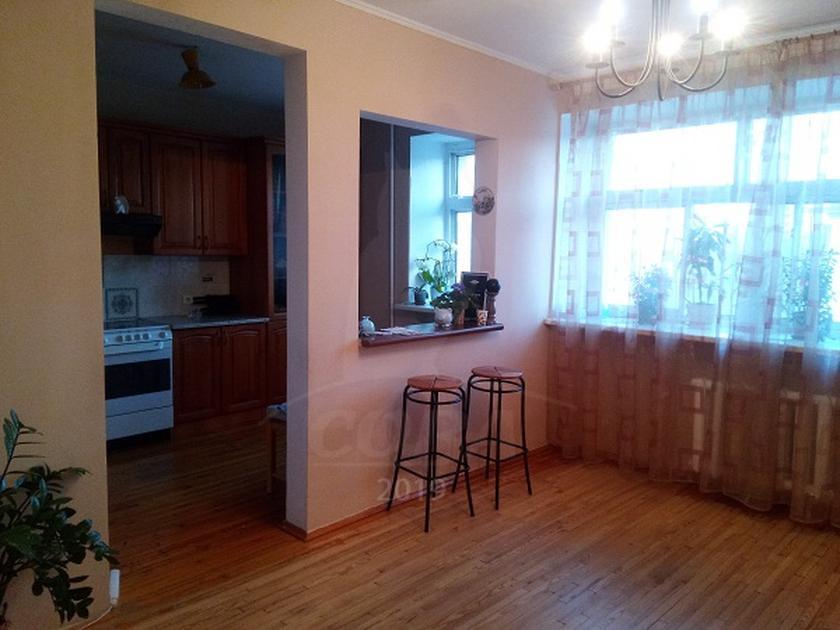 2 комнатная квартира  в районе Дом Обороны, ул. Военная, 11, г. Тюмень