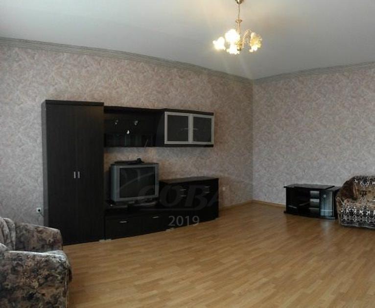 Многокомнатн. квартира  в районе Выставочного зала, ул. Пржевальского, 41, г. Тюмень