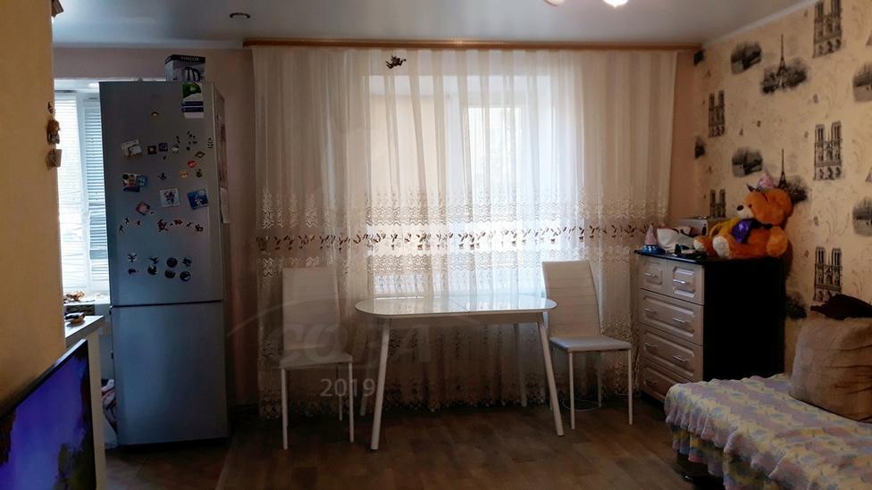 3 комнатная квартира  в районе Червишевского тр., ул. Ставропольская, 15, г. Тюмень