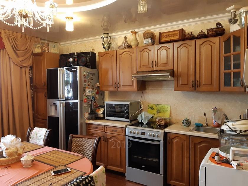 4 комнатная квартира  в районе Иртышский мкр., ул. Иртышский микрорайон, 16, г. Тобольск