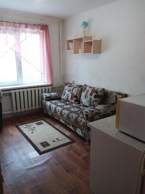 Комната в 1 микрорайоне, ул. Олимпийская, 22, г. Тюмень