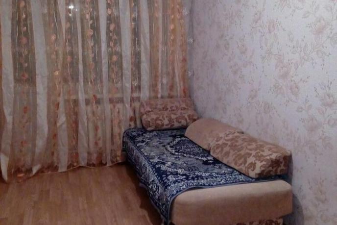 2 комнатная квартира  в районе Иртышский мкр., ул. Иртышский микрорайон, 3, г. Тобольск