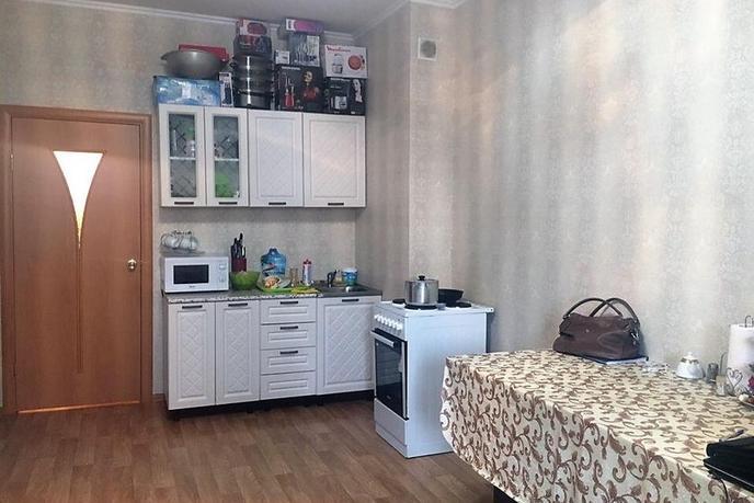 Студия в районе 25-й микрорайон, ул. Мелик-Карамова, 40, г. Сургут