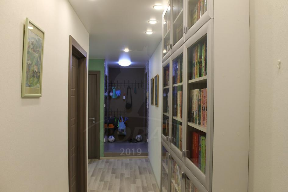 2 комнатная квартира  в районе Тарманы, ул. Маршака, 4, г. Тюмень
