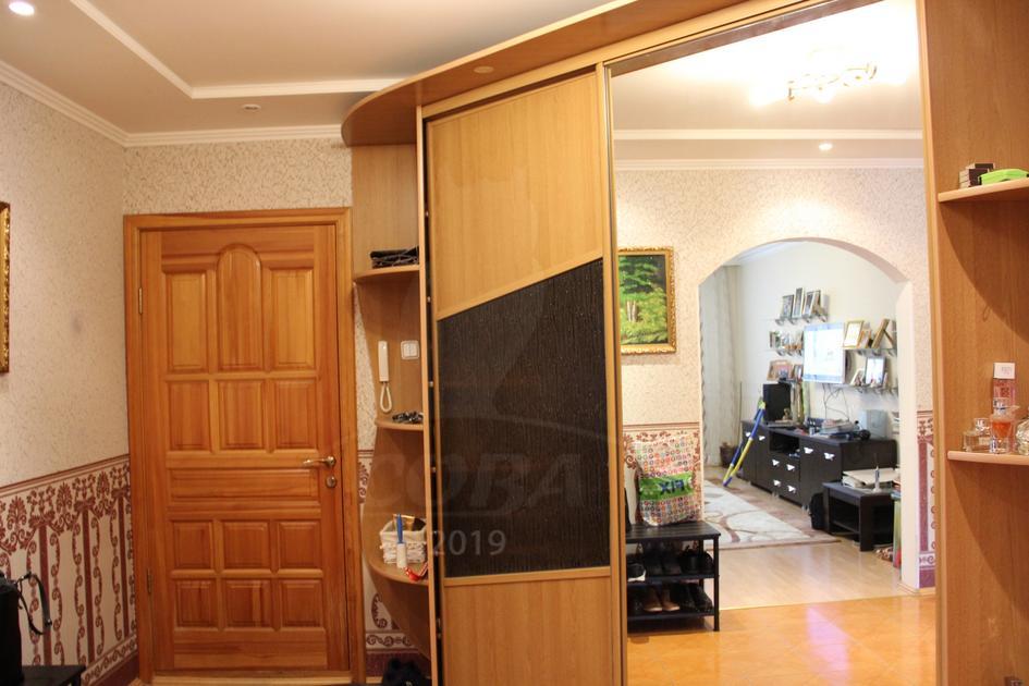 3 комнатная квартира  в районе Червишевского тр., ул. Ставропольская, г. Тюмень