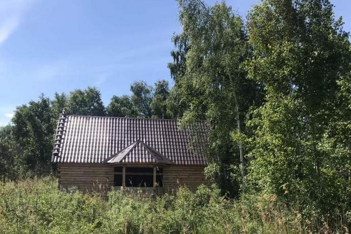 Недостроенный дом, с. Средние Тарманы, по Салаирскому тракту