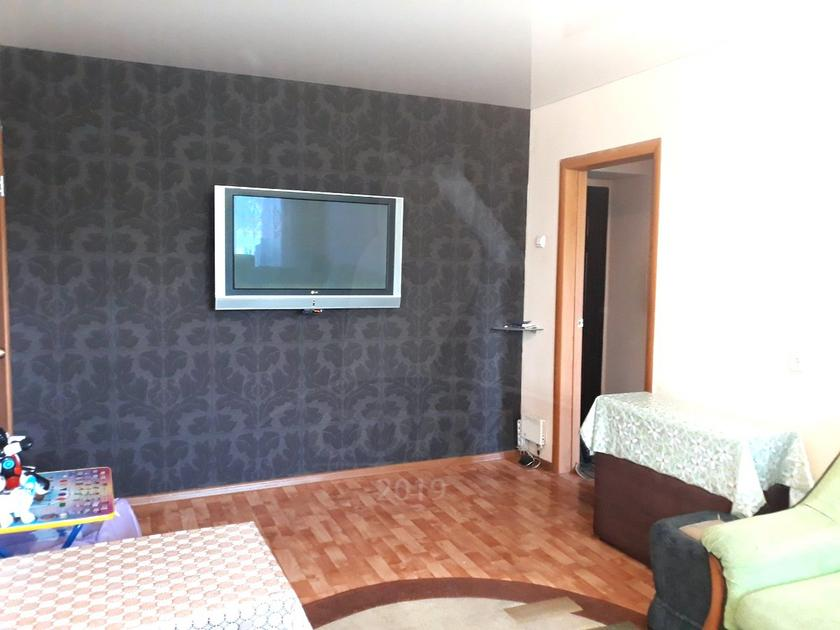 2 комнатная квартира  в 1 микрорайоне, ул. Олимпийская, 4, г. Тюмень