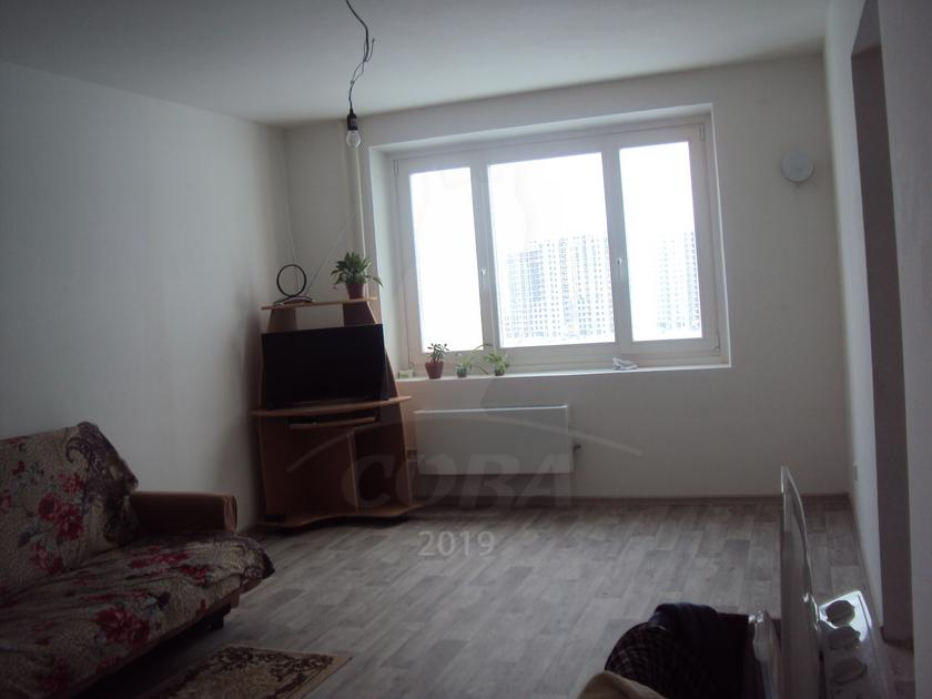 2 комнатная квартира  в районе Ожогина / Патрушева, ул. Александра Митинского, 5, ЖК