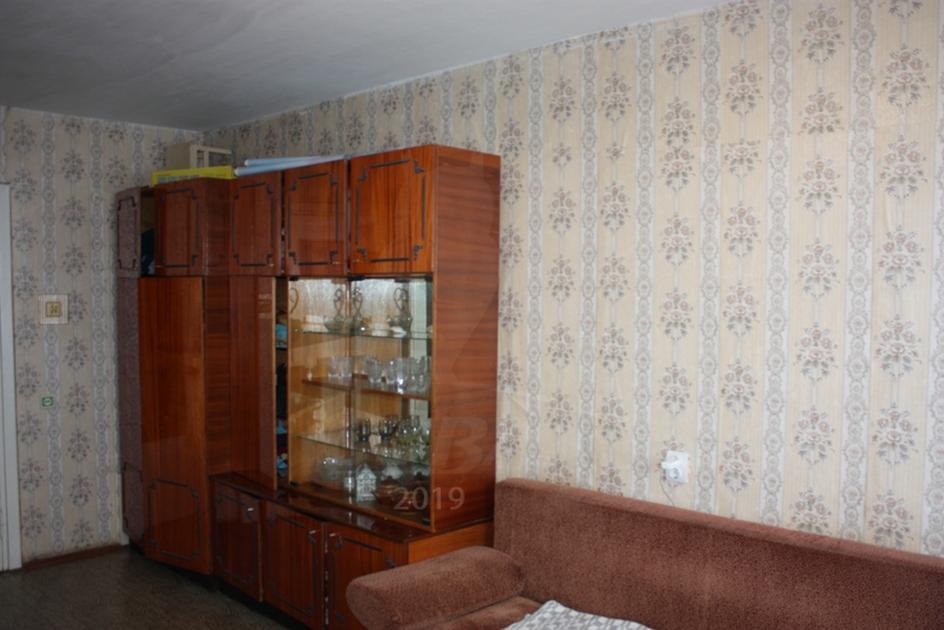 2 комнатная квартира  в 4 микрорайоне, ул. Пермякова, 50, г. Тюмень