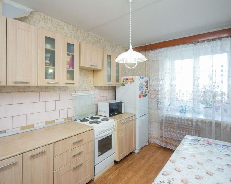 3 комнатная квартира  в районе Дома печати, ул. Коммунаров, 19, г. Тюмень