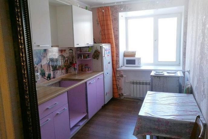 2 комнатная квартира  в районе Подгорный Тобольск, ул. Хохрякова, 22, г. Тобольск