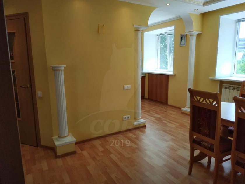 2 комнатная квартира  в районе ТЦ Магеллан, ул. Холодильная, 60, г. Тюмень