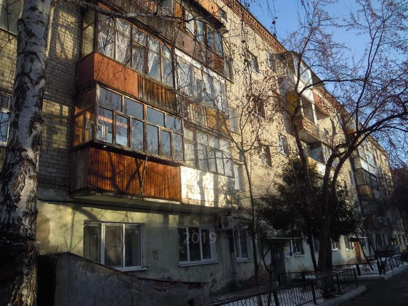 2 комнатная квартира  в районе Маяк, ул. Карла Маркса, 123, г. Тюмень