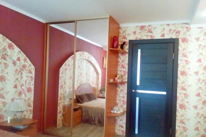 3 комнатная квартира  в районе Иртышский мкр., ул. Иртышский микрорайон, 10, г. Тобольск