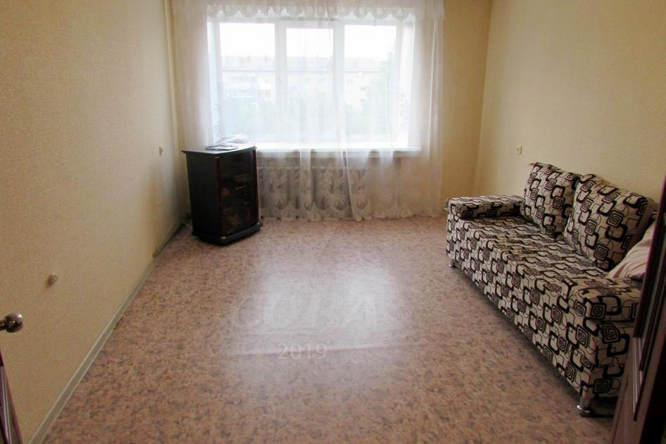 2 комнатная квартира  в районе Дом Обороны, ул. Барнаульская, 38, г. Тюмень