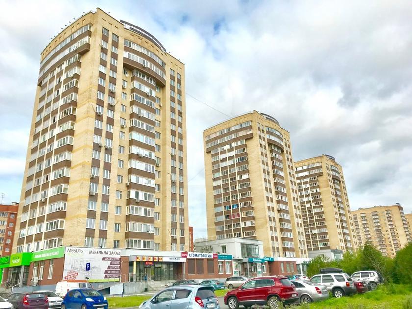3 комнатная квартира  в Заречном 3 мкрн., ул. Газовиков, 41, г. Тюмень