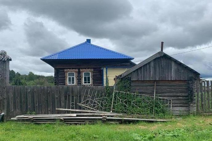 Дом у реки с баней, д. Киселева, Вагайский тракт