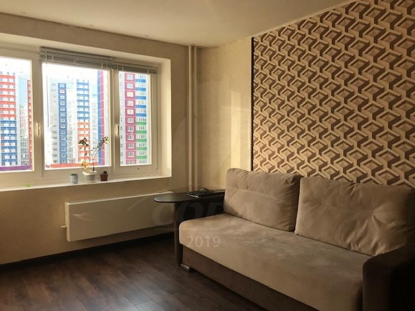 3 комнатная квартира  в районе Ожогина / Патрушева, ул. Федюнинского, 62, ЖК