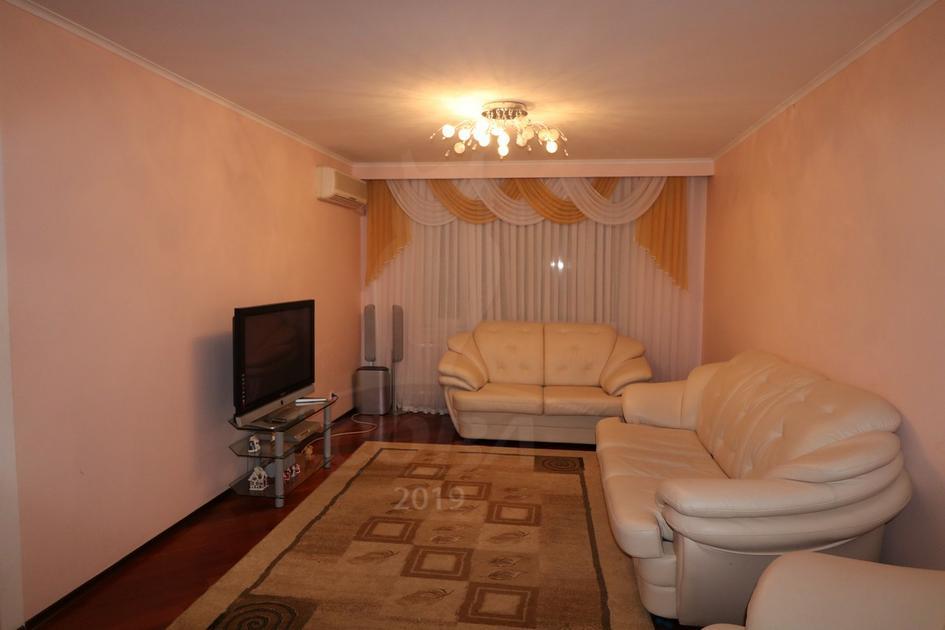 3 комнатная квартира  в районе Московского тр., ул. Московский тракт, 143, г. Тюмень