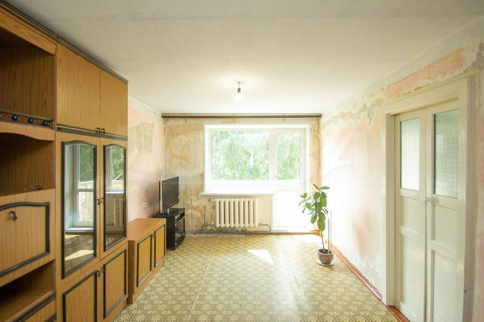 3 комнатная квартира  в районе студгородка, ул. Одесская, 24, г. Тюмень