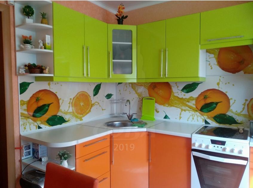 2 комнатная квартира  в районе Нагорный Тобольск, ул. 9-й микрорайон, 15А, г. Тобольск