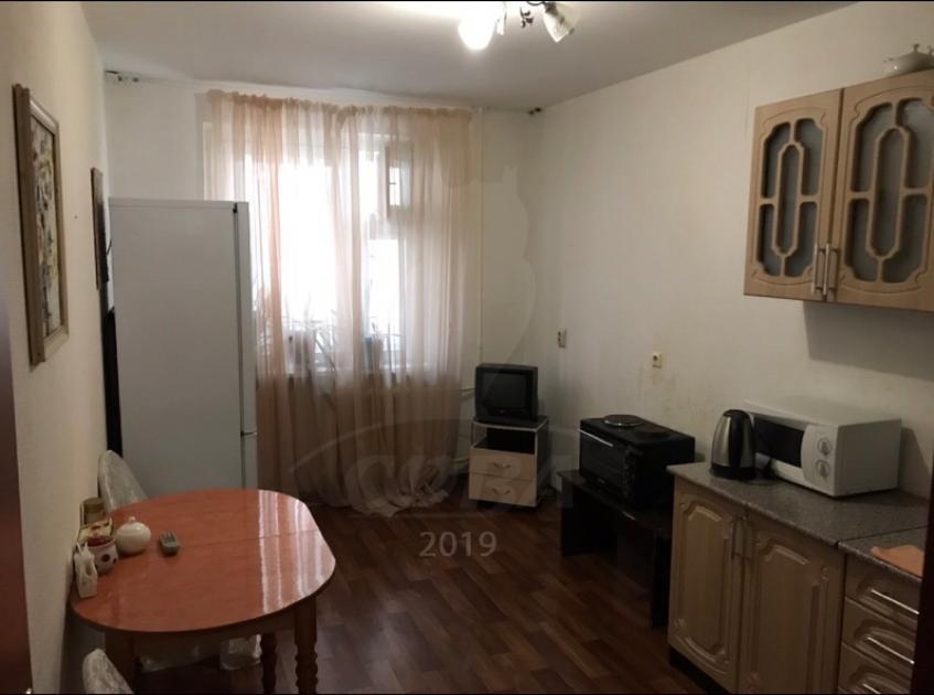 3 комн. квартира в аренду в районе Дом Обороны, ул. Чернышевского, г. Тюмень