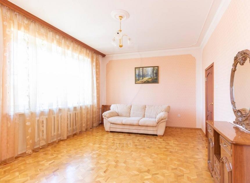 4 комнатная квартира  в районе Выставочного зала, ул. Пржевальского, 41, г. Тюмень