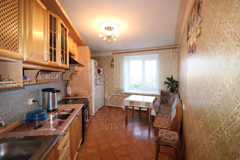 4 комнатная квартира  в Южном микрорайоне, ул. Ставропольская, 5, г. Тюмень